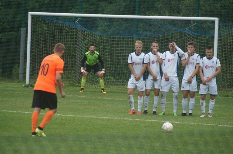 4. liga piłkarska. Sandecja II zagra dziś z Barciczanką