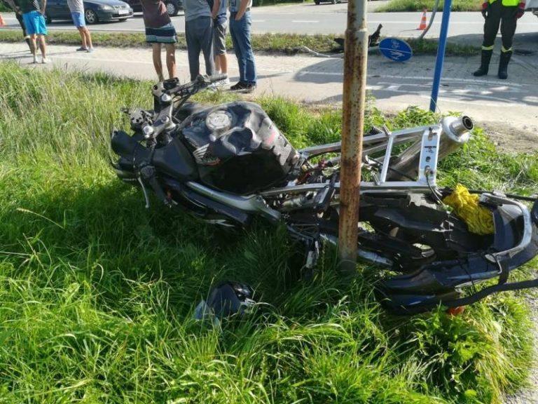 Niebezpieczny wypadek na Lwowskiej. Motocyklista z obrażeniami trafił do szpitala