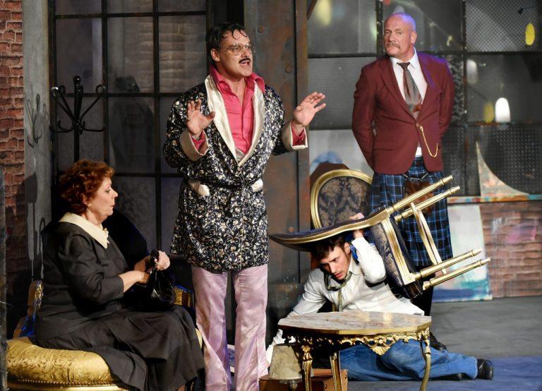 """Teatralna jesień: To była """"Czarna komedia"""""""