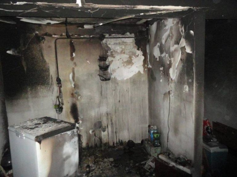 Strażacy z Krynicy gasili płonącą… lodówkę