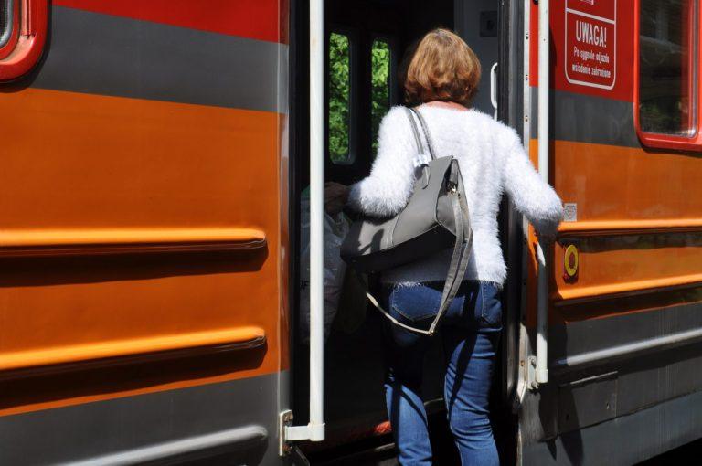 Nowy Sącz: 1 listopada na trasę wyruszy dodatkowa linia autobusowa, a także szynobus