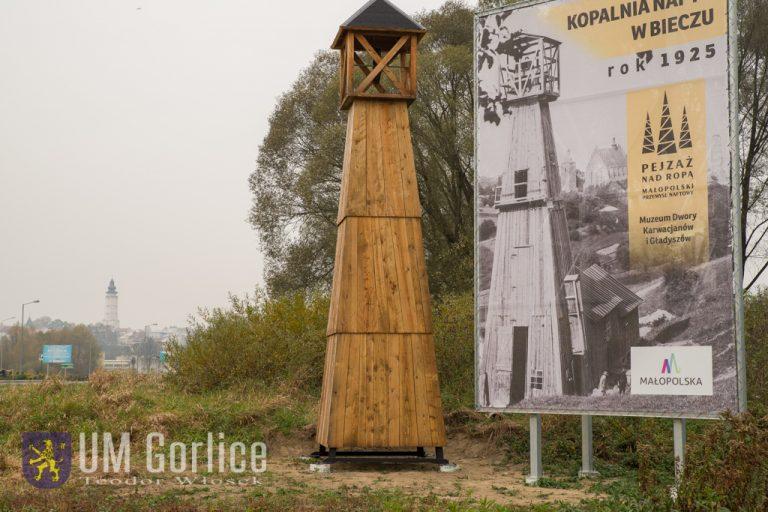 Postawili przy drogach naftowe symbole