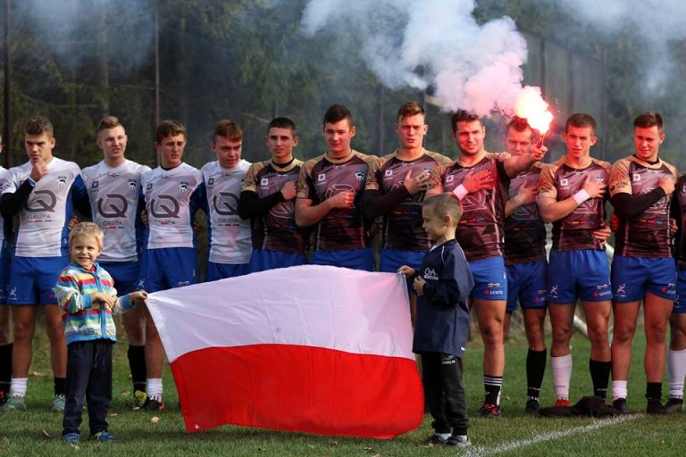 Dla Niepodległej można nawet zagrać w rugby