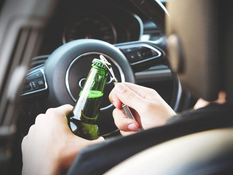 Liczne kolizje, kilkunastu rannych i kierowcy prowadzący pod wpływem alkoholu to niechlubny bilans sądeckiej akcji Znicz