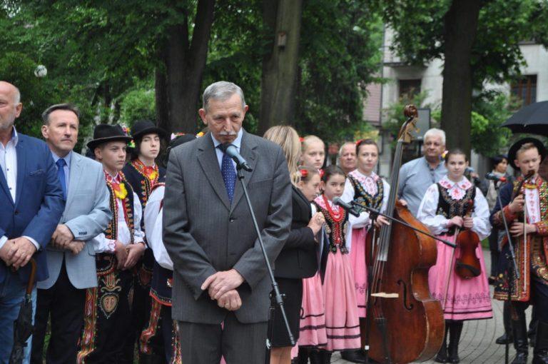Germanista zastąpi Rybskiego na stanowisku dyrektora I LO w Nowym Sączu