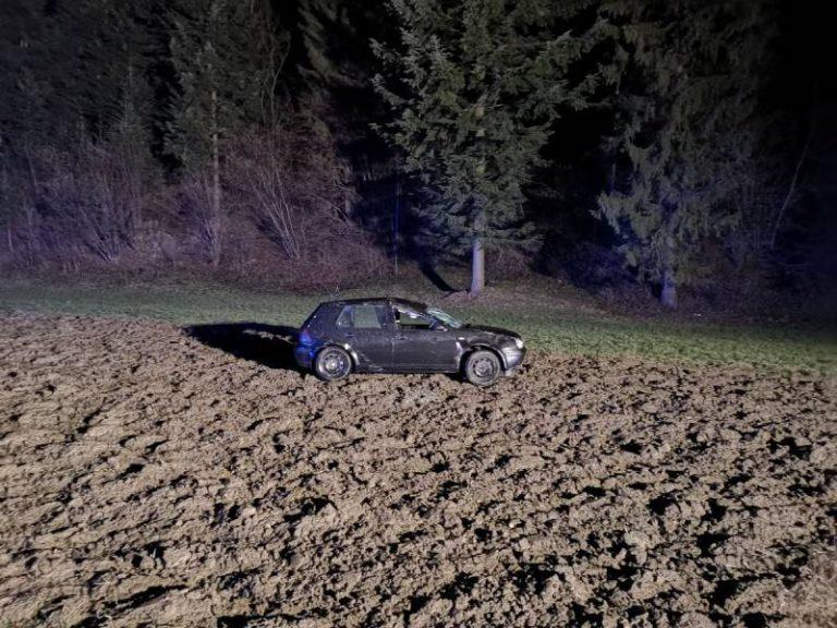 Krużlowa Niżna: samochód wypadł z drogi. Kobieta w szpitalu
