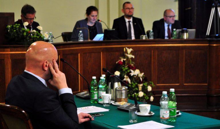 """Opozycja próbowała zatrzymać kadrową rewolucję Ludomira Handzla rękami """"Solidarności"""". Nie udało się"""