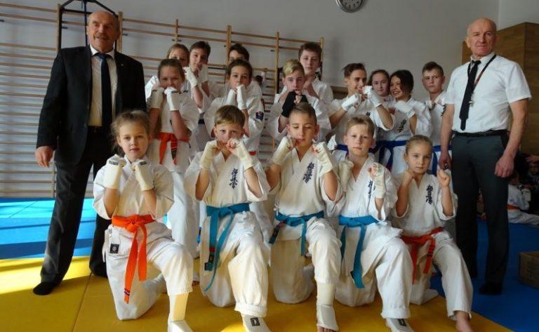 Karate. Sądeczanie najlepsi w aż 7 kategoriach! Grad medali