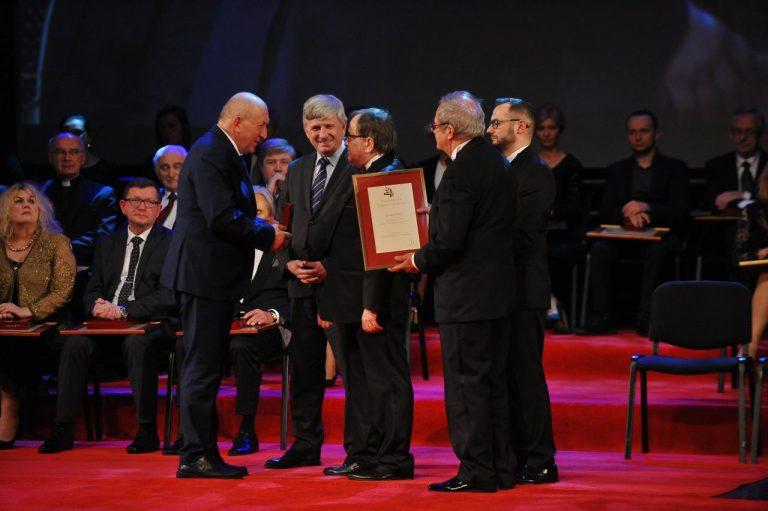 Ryszard Florek nagrodzony Kryształowym Laurem Umiejętności i Kompetencji