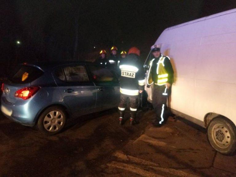 Nowy Sącz: zderzenie osobówki i samochodu dostawczego
