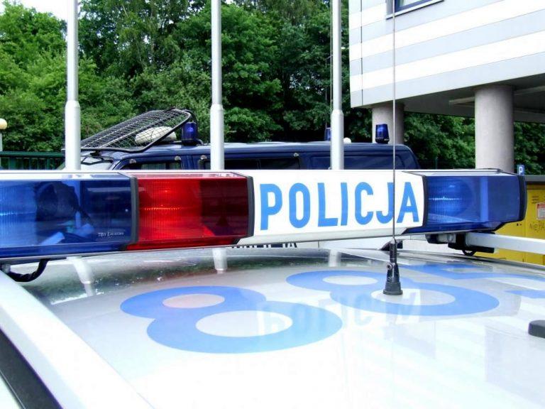 Policyjna eskorta w walce o zdrowie i życie niemowlaka