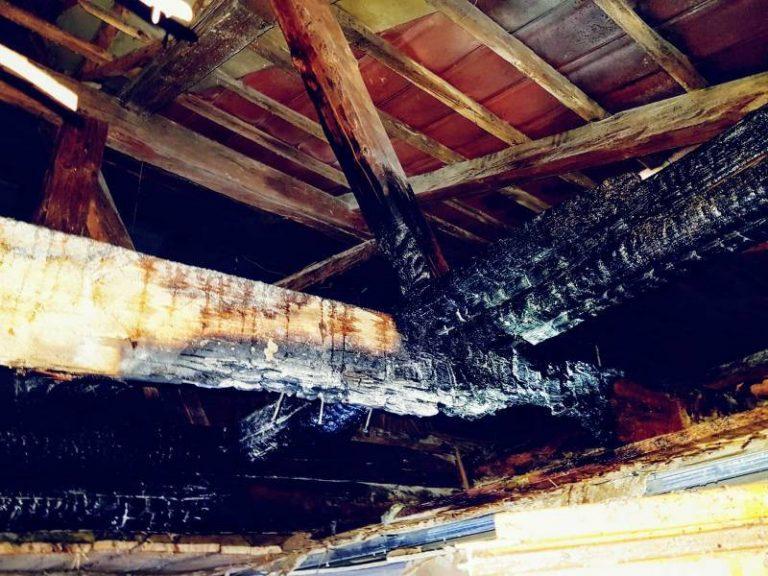 Wola Kosnowa: Ogień trawił poddasze domu
