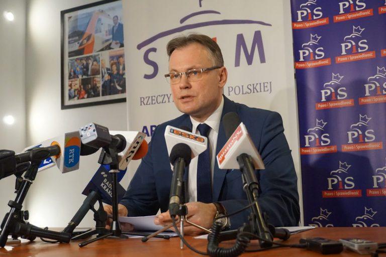Mularczyk ostro o apelu do premiera w sprawie stadionu Sandecji: To jest teatr polityczny!