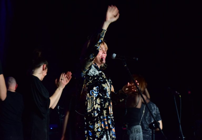 Ania Dąbrowska zaczarowała krynicką publiczność. Pijalnia pękała w szwach