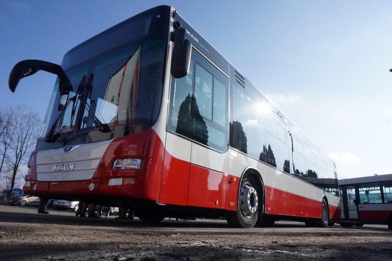 Nowe autobusy  –  rewolucja technologiczna w sądeckiej komunikacji miejskiej