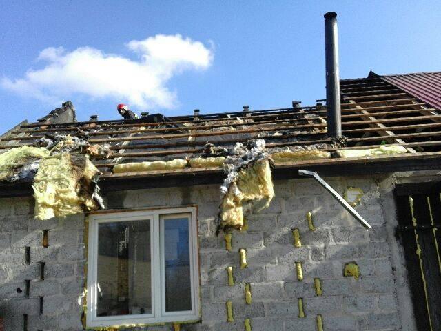 Janczowa: spod dachu wydobywały się kłęby dymu