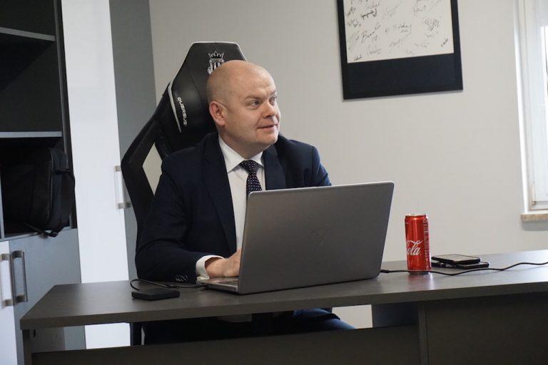 Sądeczanin Tomasz Michałowski nie jest już Szefem Gabinetu Politycznego wicepremiera Gowina