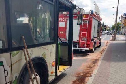 Z autobusu MPK nagle zaczęło wyciekać paliwo. Interweniowali strażacy