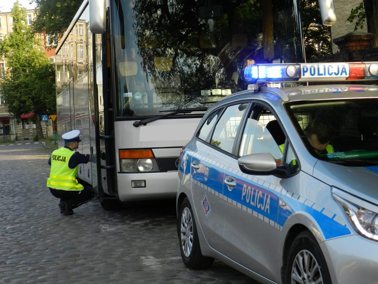 Uwaga! Policja znów sprawdza autokary