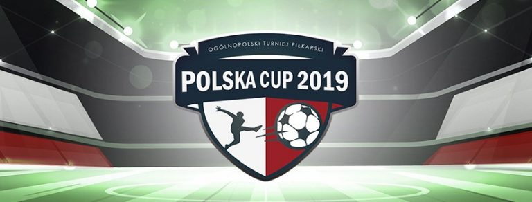 """Piłkarski turniej """"szóstek"""" w Wielogłowach"""