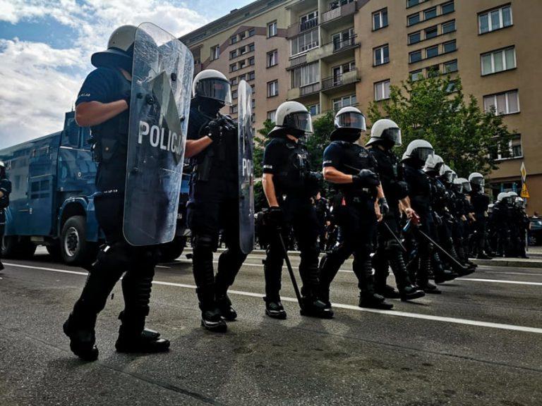 """Sądeczanie solidarni z pokrzywdzonymi w Białymstoku. Mówią ,,stop"""" homofobii i nienawiści"""