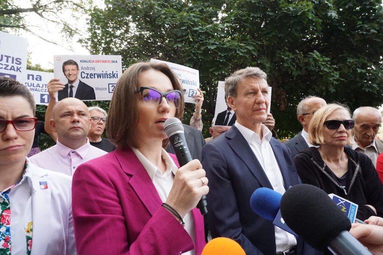 20 kandydatów Koalicji Obywatelskiej  prezentuje swoje postulaty wyborcze