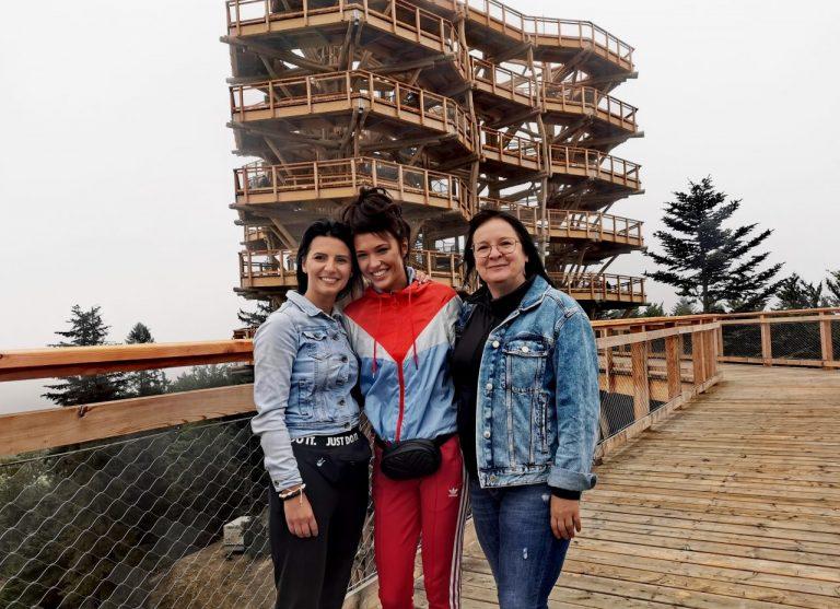 W dwa dni wieżę widokową w Krynicy-Zdroju odwiedziło 1,5 tysiąca turystów [ZDJĘCIA]