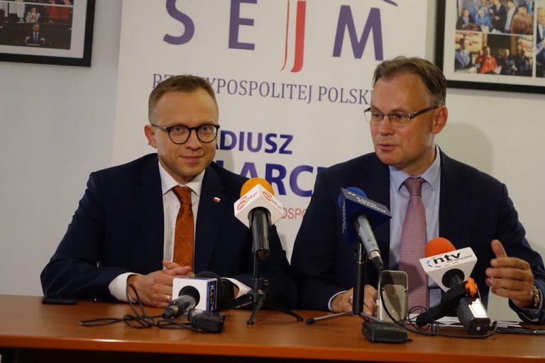 """Wybory 2019. A. Mularczyk: w Nowym Sączu ma szansę powstać 120 mieszkań w ramach programu """"mieszkanie +""""?"""
