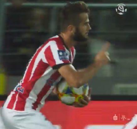 Były piłkarz Sandecji ukąsił Legię –  co za akcja!