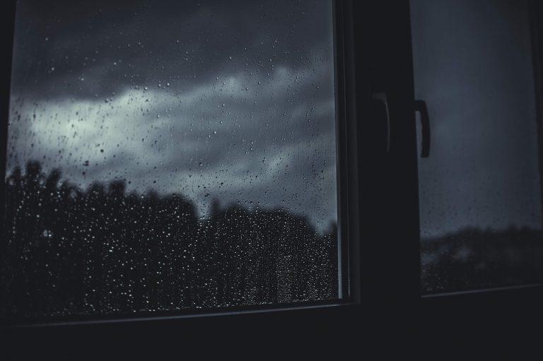 Uwaga! Dziś w nocy burze i silny deszcz
