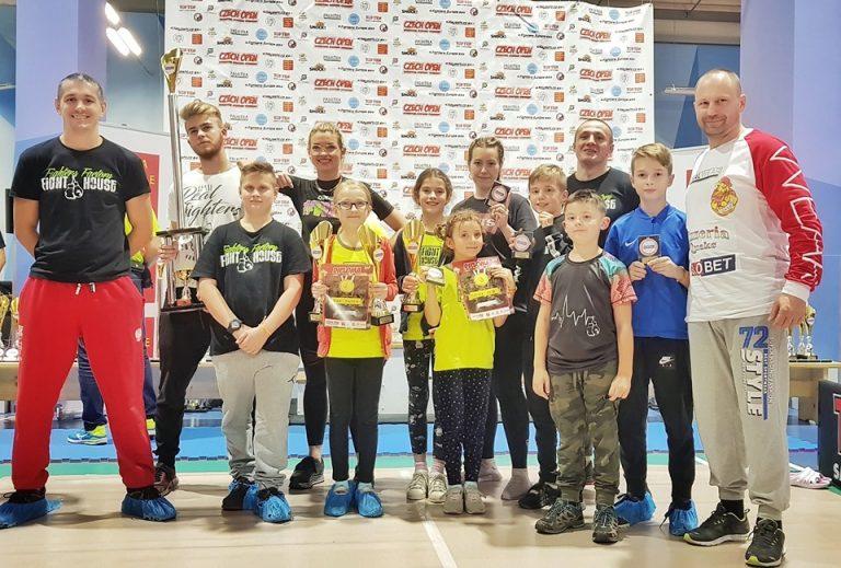 Kickboxing. Sądeczanie z Fight House walczyli w Pradze. Worek medali!