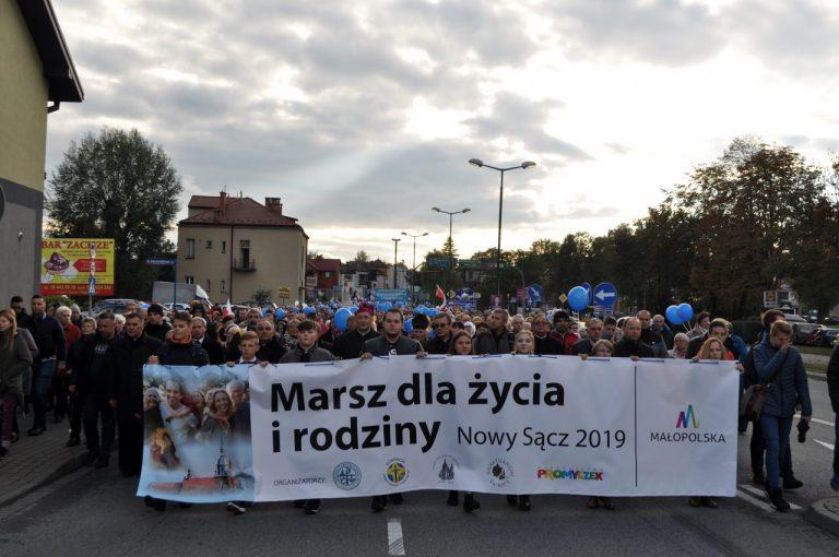 Ocean ludzi w Marszu dla Życia i Rodziny [filmy, zdjęcia]