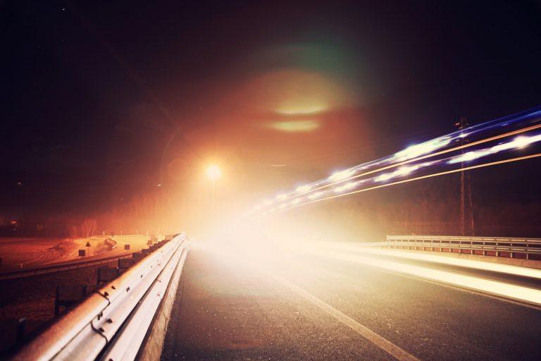 Kierowco! Sprawdź bezpłatnie, czy światła w Twoim samochodzie są dobrze ustawione
