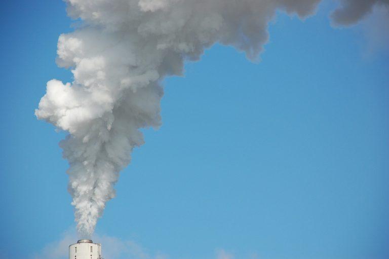 Uwaga! Znów II stopień zagrożenia zanieczyszczeniem powietrza w Nowym Sączu