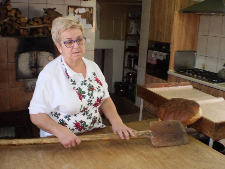 Ludzie z głową: Chlebodawczyni z Podegrodzia