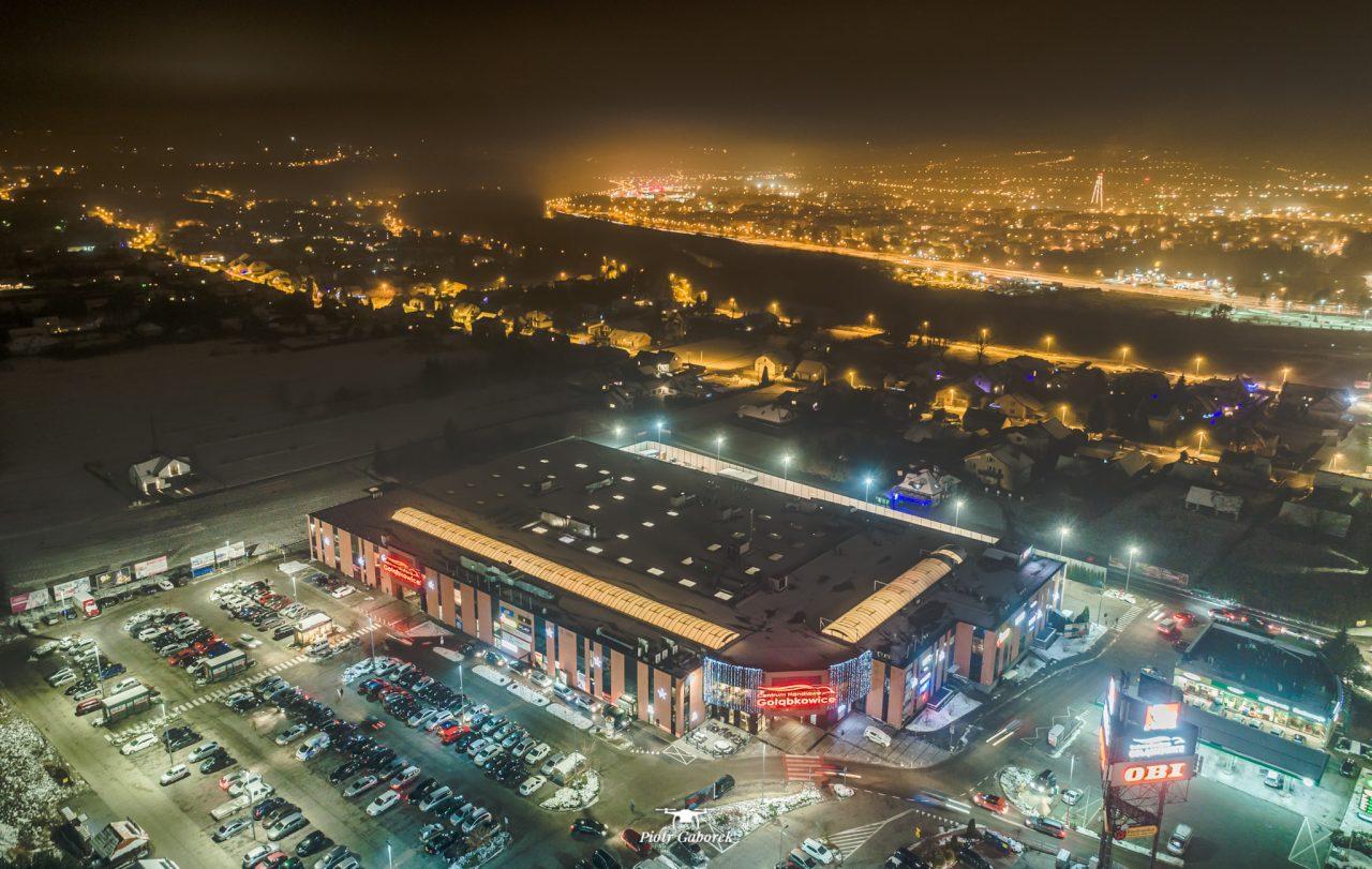 Nowy Sącz, widok z drona. Centrum Handlowe Gołąbkowice