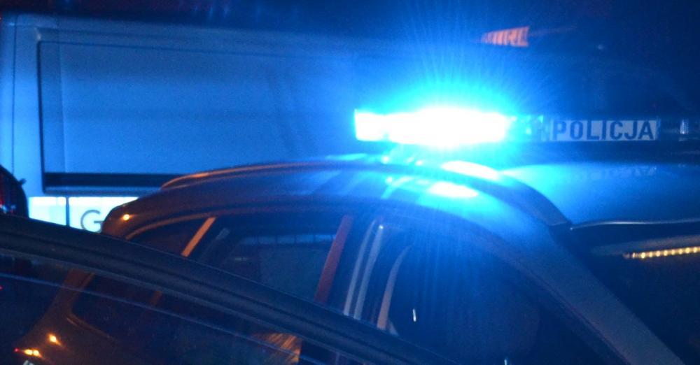 27-latek wpadł, gdy tankował skradziony samochód. Podróżował z mężczyzną, który również był poszukiwany