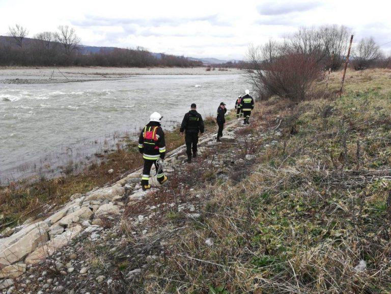 Pilne! Wznowiono poszukiwania nad Dunajcem w Nowym Sączu