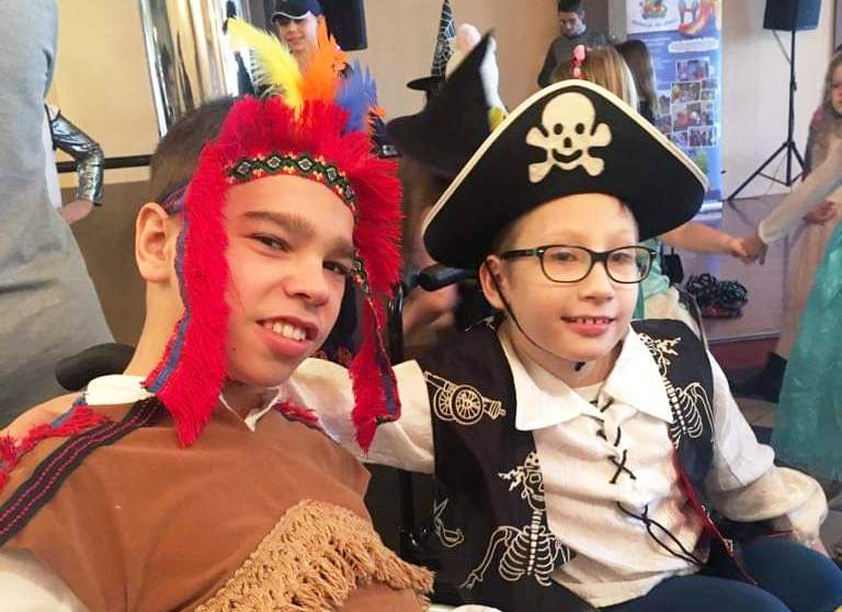 Bal karnawałowy dla niepełnosprawnych dzieciaków