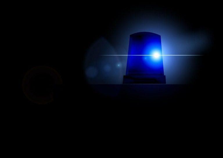 Nowy Sącz: mężczyzna przyniósł do komendy tajemniczą przesyłkę. Trwają działania służb