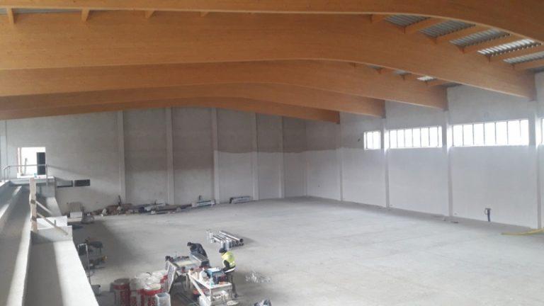 Coraz bliżej do otwarcia nowej hali sportowej w Korzennej