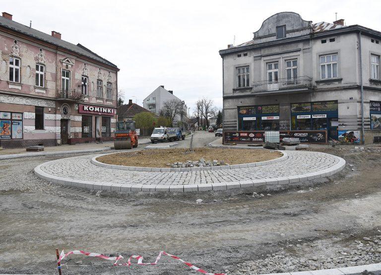 Nowy Sącz: nowe rondo nabiera kształtu