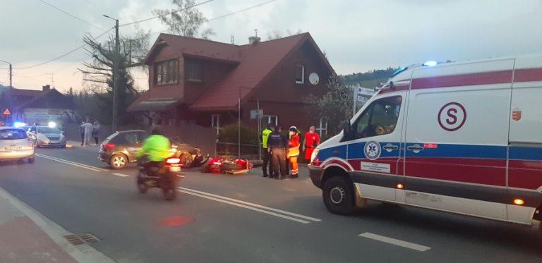 Wypadek w Krynicy-Zdroju. Motocyklista w ciężkim stanie zabrany przez LPR