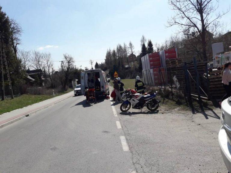 Mochnaczka Wyżna: poszkodowany motocyklista leżał na poboczu