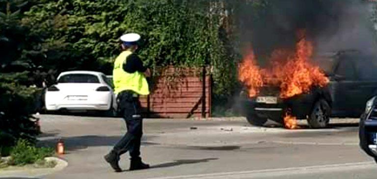 Z ostatniej chwili: obok ronda na Helenie palił się samochód