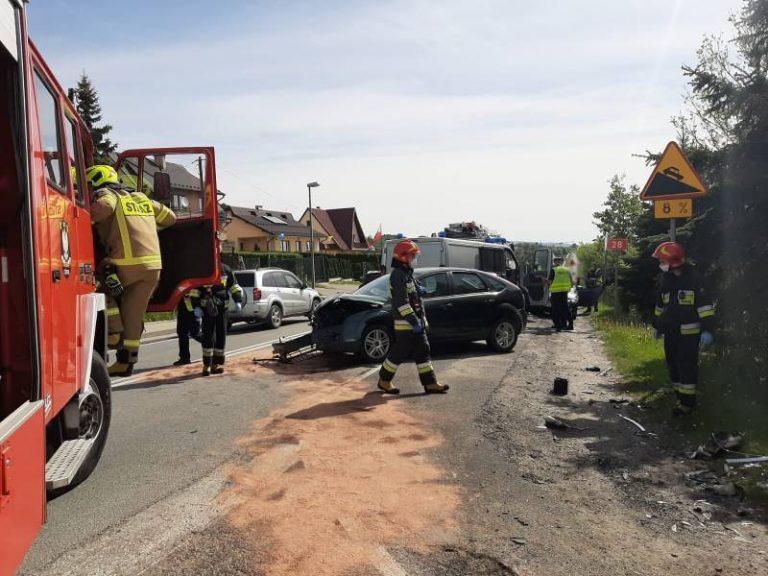 Świadkami wypadku w Cieniawie byli policjanci. Ratowali 46-latkę