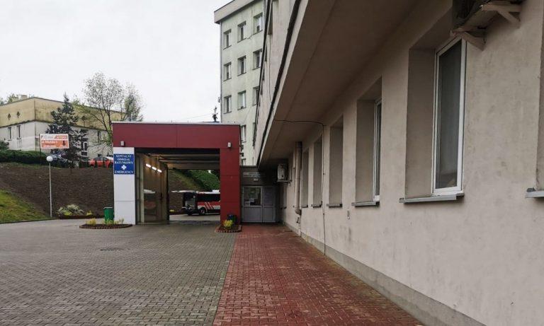 90-letnia pacjentka sądeckiego szpitala zakażona koronawirusem. Zamknięto jeden z oddziałów