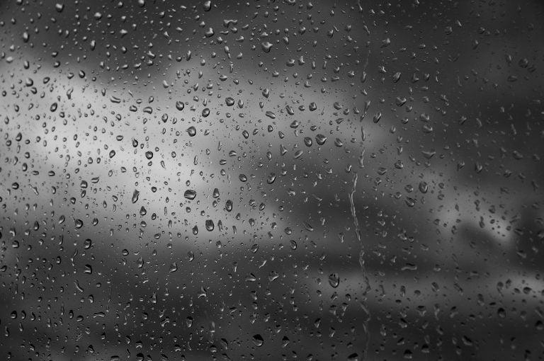 Dziś synoptycy też ostrzegają o burzach z gradem
