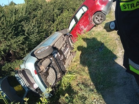 Z ostatniej chwili: zderzenie dwóch samochodów w miejscowości Niecew