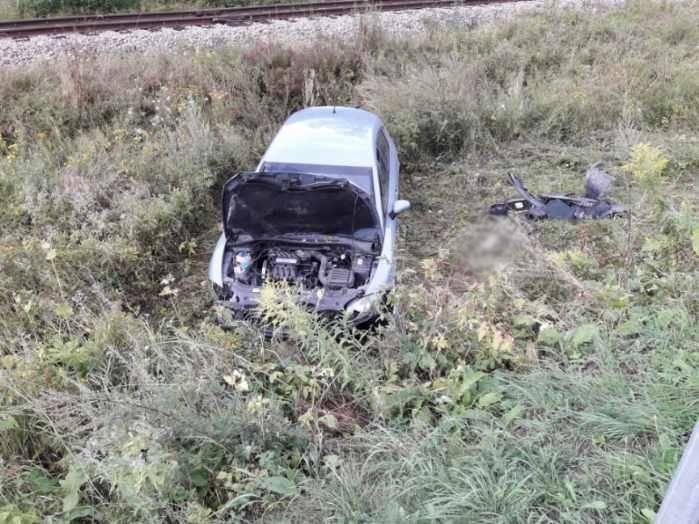 Muszyna: samochód wypadł z drogi. Kierująca trafiła do szpitala